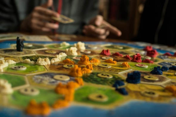 depositphotos-32057331-stock-photo-strategy-board-game.jpg